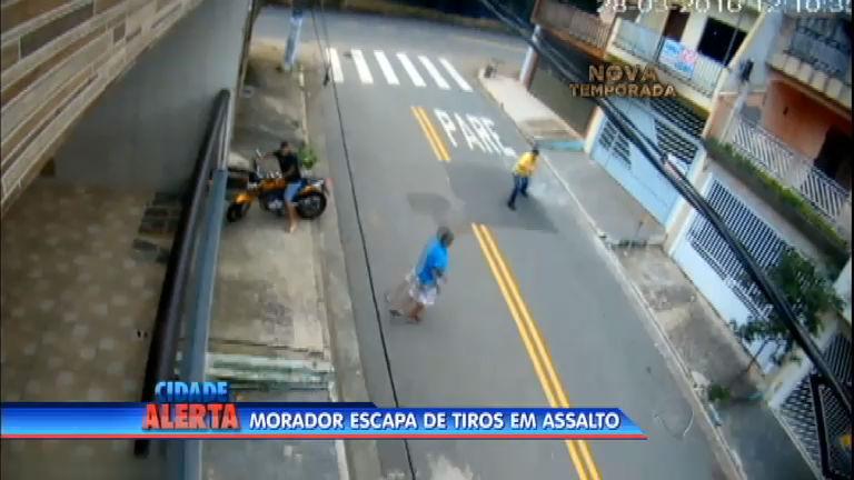 Homem reage a assalto, vira alvo de tiros e sai ileso no ABC Paulista