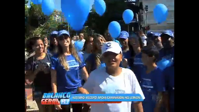 Caminhada pela conscientização do autismo reúne cariocas na orla ...
