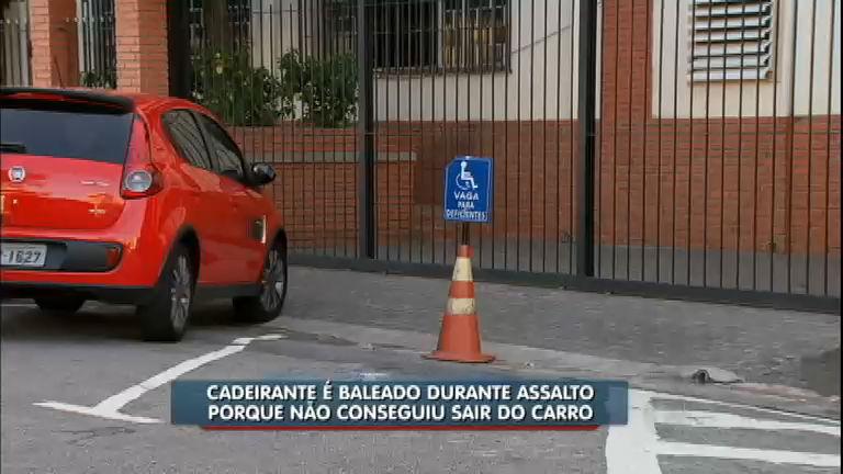 Cadeirante leva tiro durante assalto por não conseguir sair do carro ...