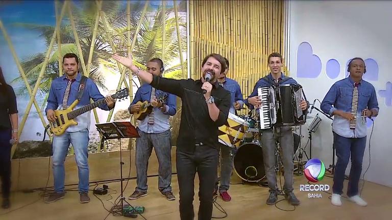 Cantor Adelmário Coelho anima o programa Bom D+ - Bahia - R7 ...
