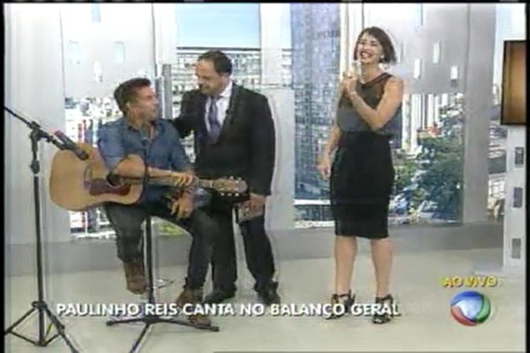 Cantor Paulinho Reis canta sucessos no Balanço Geral MG - Minas ...