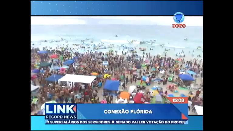 Conexão Flórida: festival de boias provoca confusão e rastro de ...