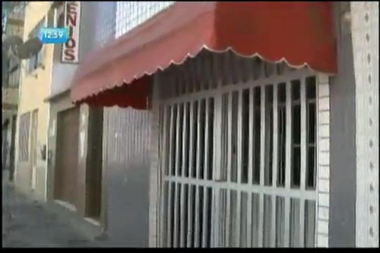 Ladrões arrombam clínica no Tororó - Bahia - R7 Balanço Geral BA