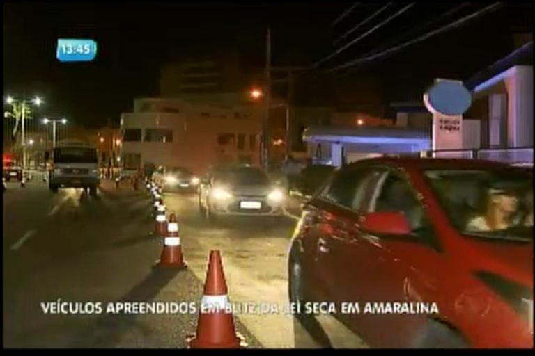 Veículos apreendidos em Blitz da lei seca em Amaralina - Bahia ...