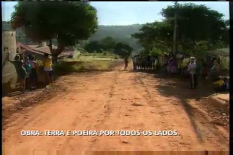 Escola inaugurada em 2012 está sem aula até hoje - Minas Gerais ...
