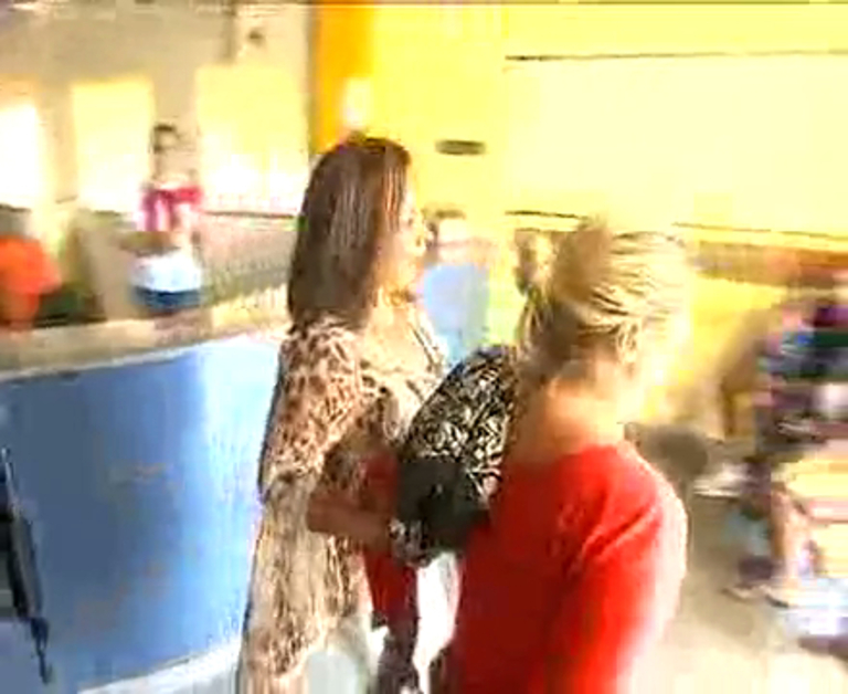 Mãe e filha são presas por suspeita de planejarem assalto - Rio de ...