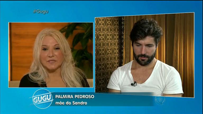 Mãe de Sandro pede perdão e deixa ator emocionado
