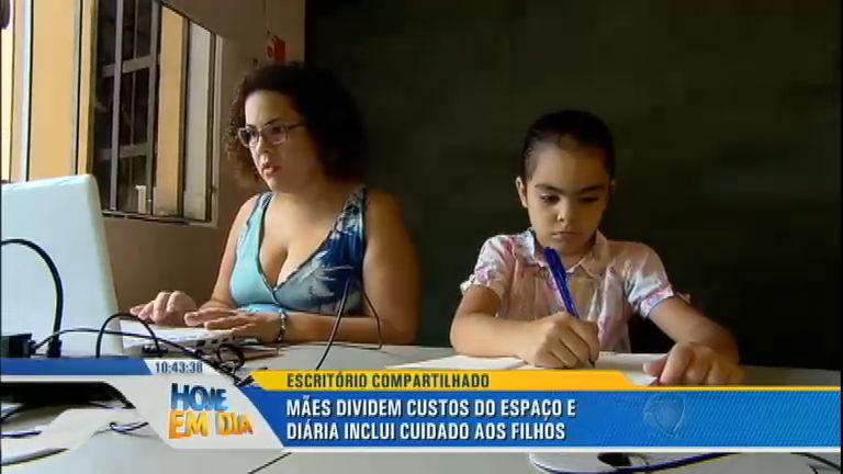 Escritório compartilhado: conheça as mães trabalham ao lado dos filhos