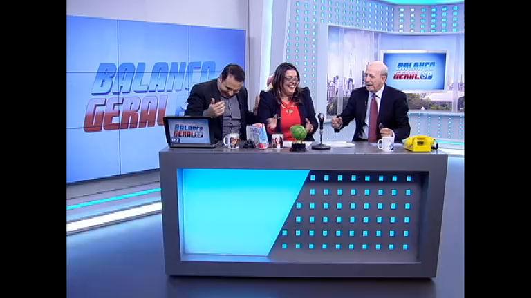 Balanço Geral Online: Fabíola Reipert faz lambança e tira Lombi do ...
