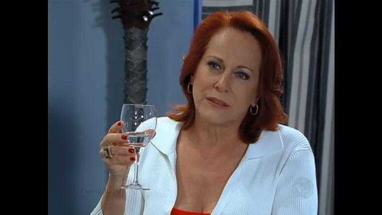 Vilma diz para Tomás que tem um plano