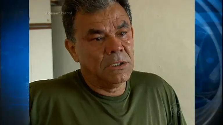Depois do sucesso, humorista Rodela acumula dívidas e sofre de depressão