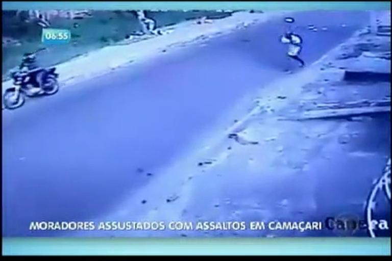 Moradores assustados com assaltos em Camaçari - Bahia - R7 ...