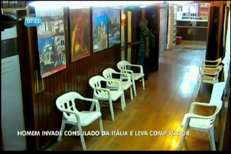 Homem invade o prédio do Consulado da Itália