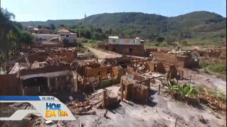 Hoje em Dia volta a região atingida pela lama seis meses após o desastre em Mariana (MG)