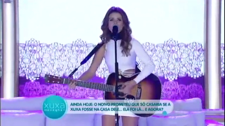 Paula Fernandes canta música à pedido de Zezé Di Camargo, e ...