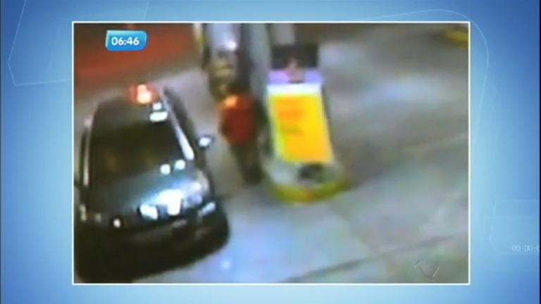 Frentista vítima de assalto joga etanol em bandido - Notícias - R7 ...