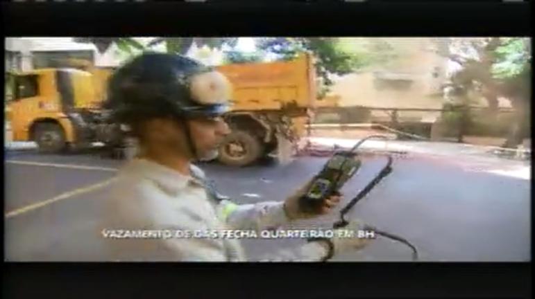 Susto na Savassi: manutenção do esgoto causa vazamento de gás