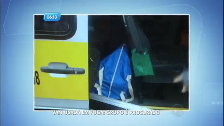Bandidos deixam explosivos em van escolar após tentar explodir ...