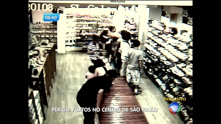 Bandidos furtam clientes distraídos em lojas no centro de São Paulo ...