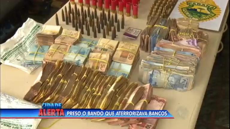 Quadrilha que roubava bancos é presa no Paraná - Notícias - R7 ...