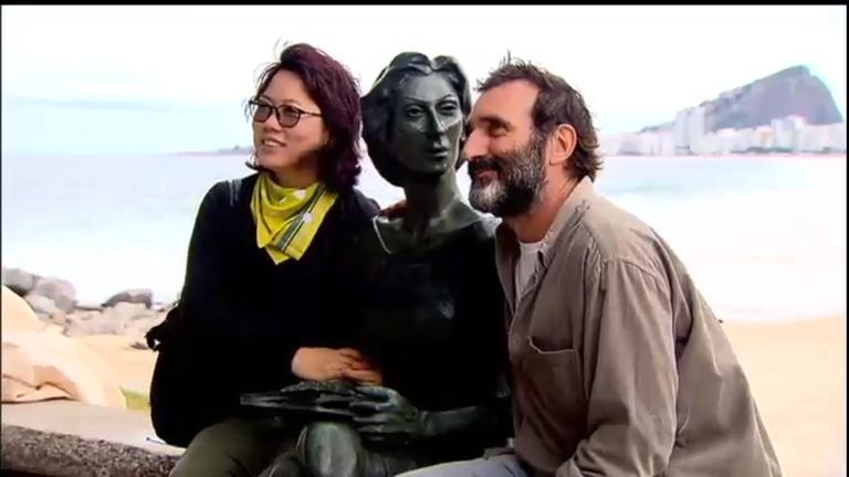 Clarice Lispector ganha estátua em orla de praia no Rio de Janeiro ...