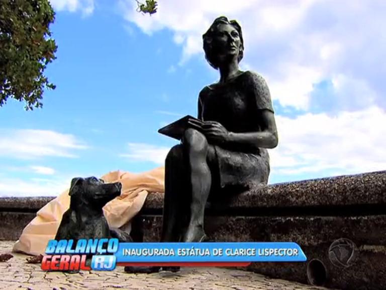 Orla do Leme ganha estátua de Clarice Lispector - Rio de Janeiro ...