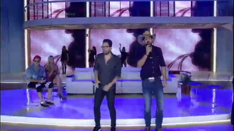 Fernando e Sorocaba anima a galera ao som de Bobeia Pra Ver ...