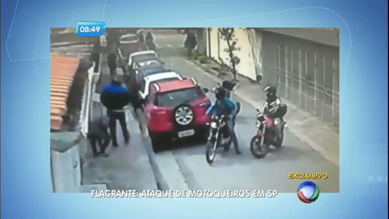 Reportagem do Dia: motoqueiros roubam homem na Barra Funda ...