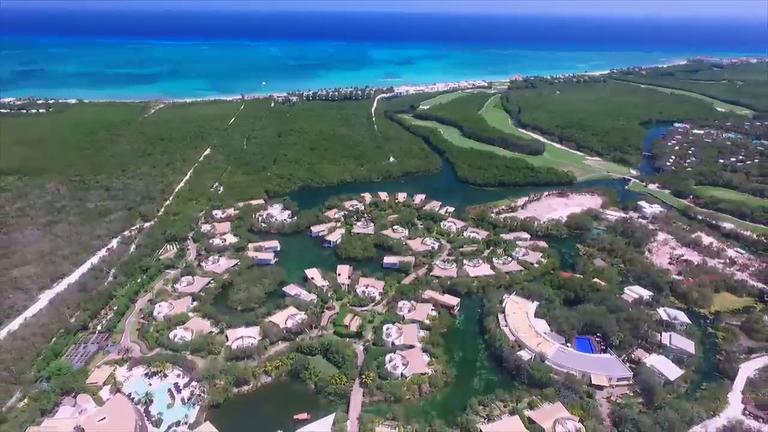 Conheça o hotel de praia mais luxuoso do mundo no Domingo ...