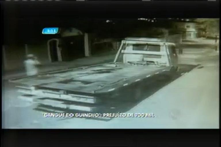 Ladrões roubam quatro caminhões e causam prejuízo de R$700 mil ...