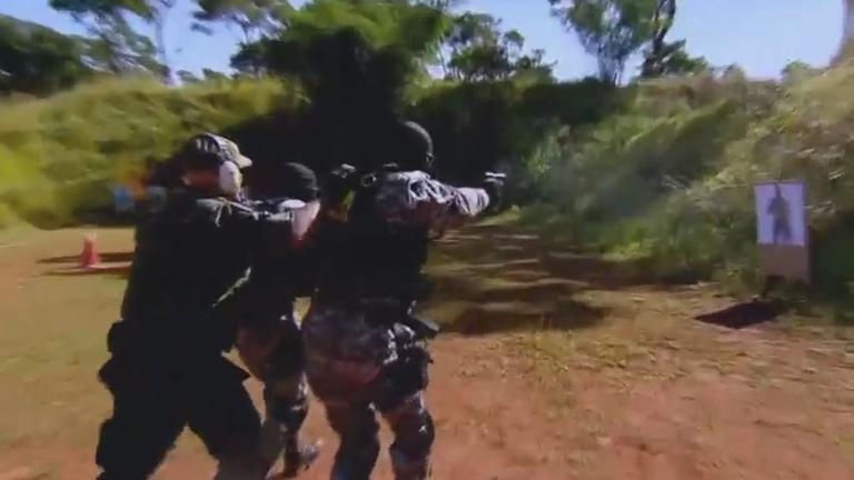 Conheça o treinamento de policiais de elite combater terroristas nas ...