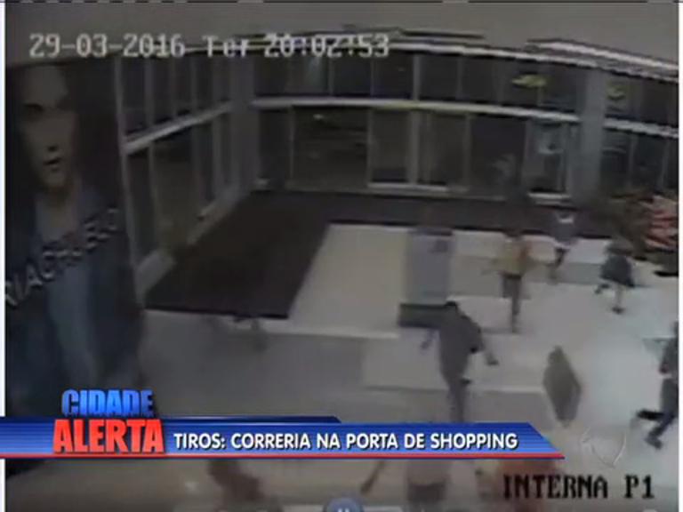 Polícia divulga imagens de tiroteio em porta de shopping; veja vídeo ...
