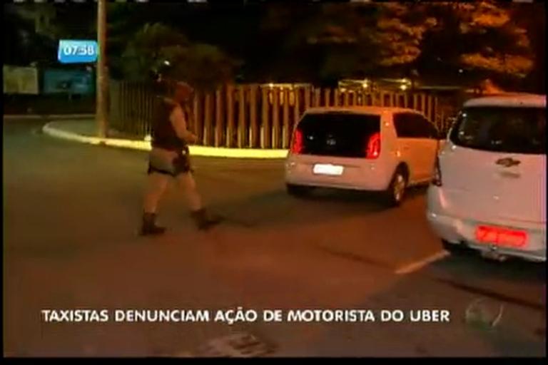 Taxistas denunciam ação de motorista do Uber