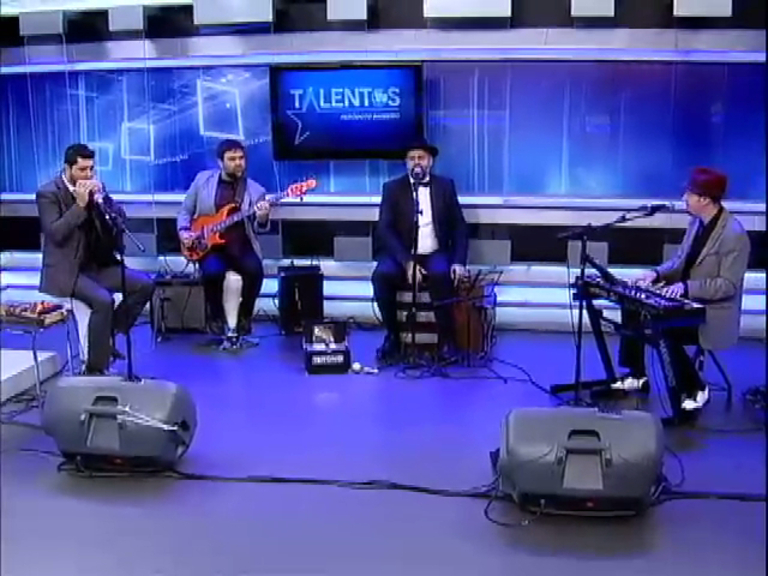 Banda paulistana revisita Ray Charles no palco do JR News