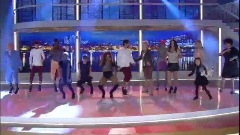 De salto alto, turma do Legendários dança e surpreende ...