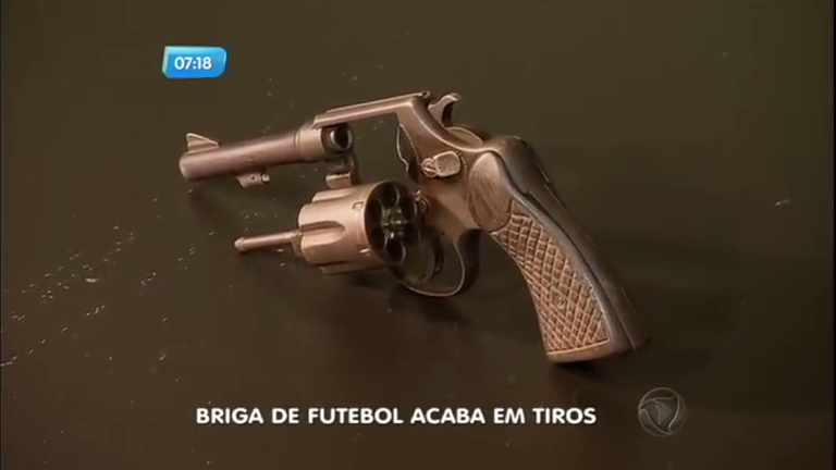 Briga em jogo de futebol termina em tiroteio em Goiás - Notícias ...