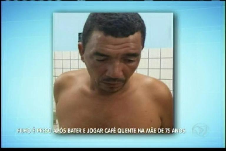 Filho é preso após bater e jogar café quente na mãe de 75 anos