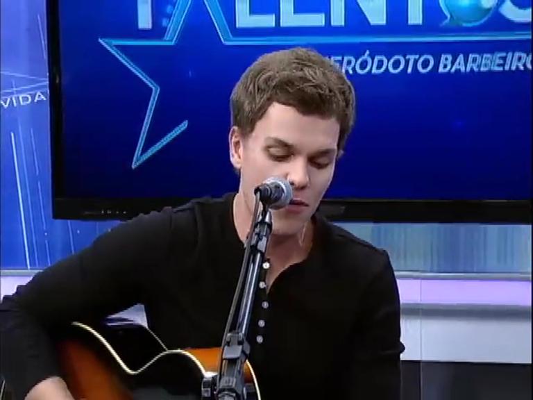 JR News Talentos recebe o músico Leo Dressel