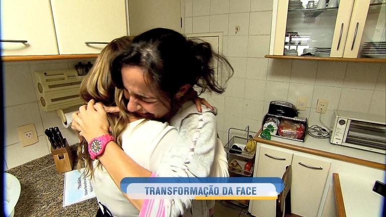 Transformação da Face: mulher terá o visual renovado no Hoje em Dia desta quarta