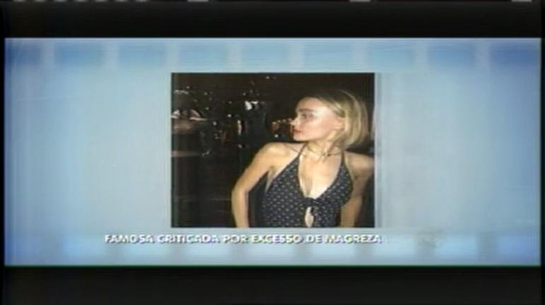 Hora da Venenosa: Filha de ator americano chama atenção pela magreza