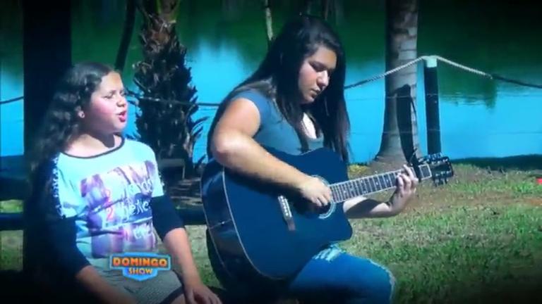 Irmãs cantam para ajudar a avó a vencer um problema de saúde