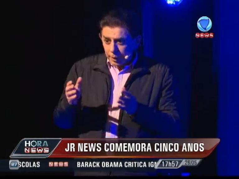 JR News comemora cinco anos com talk show comandado por ...