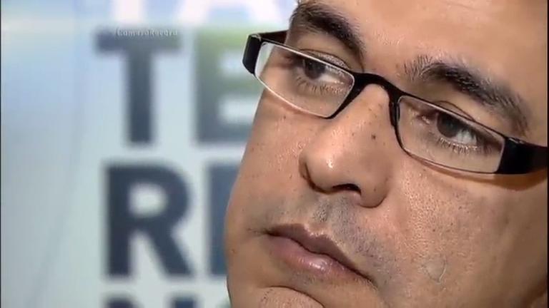 Zezé Di Camargo se comove ao conhecer história de Marcos…