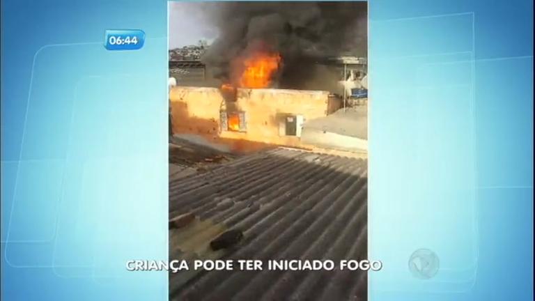 Incêndio em casa teria sido causado por criança em Belo horizonte