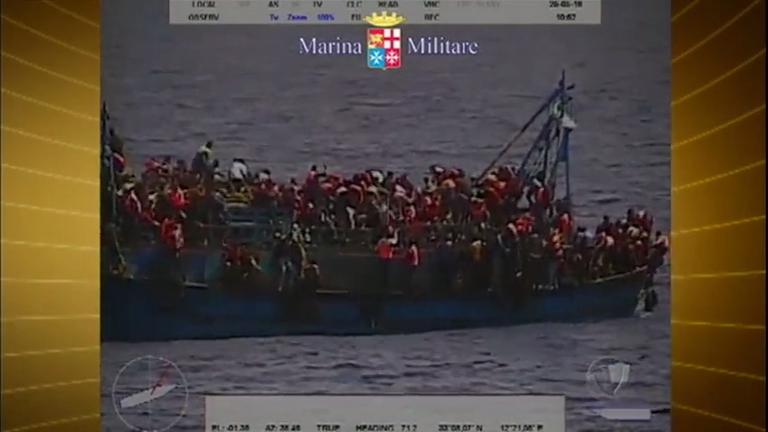 Naufrágio mata sete pessoas na costa da Líbia
