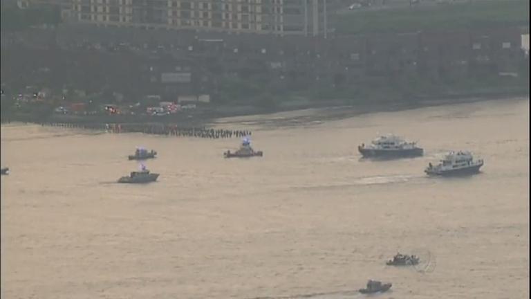 Avião de pequeno porte cai no Rio Hudson em Nova York, nos Estados Unidos