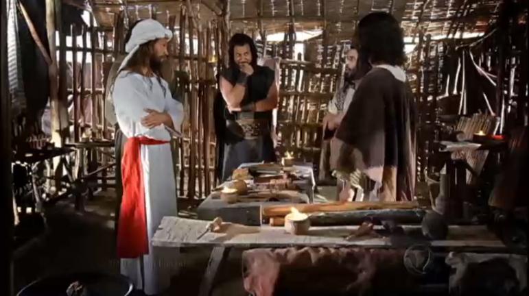 Corá se reúne a outras pessoas para protestar contra Moisés