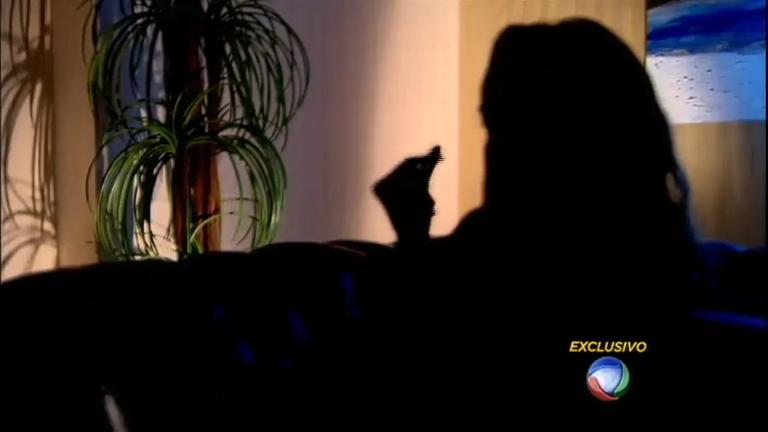 Domingo Espetacular fala com exclusividade com a jovem vítima do estupro coletivo no RJ
