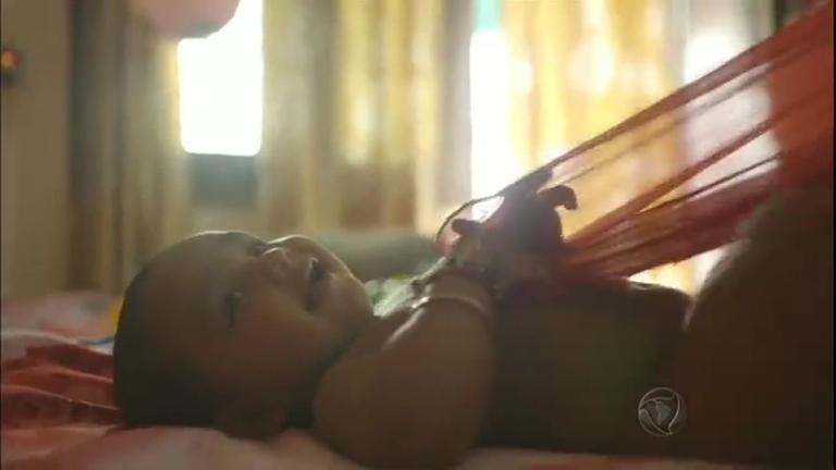 Brasileira lança documentário que chama atenção para os cuidados à infância
