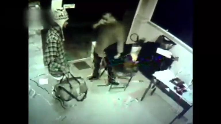 Após caso de Ana Hickmann, Domingo Espetacular mostra como fã tentou invadir casa de Anitta